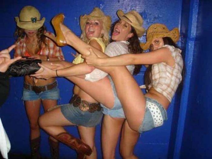 Hilarious_drunk_off_their_ass_photos_50